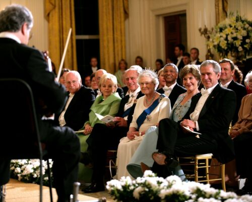 CC-058 BUSH AT STATE DINNER FOR QUEEN ELIZABETH 8X10 PHOTO PRESIDENT GEORGE W