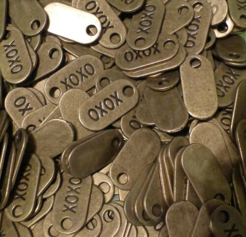 10 XOXO LOL Hugs /& Kisses Laugh Antique Bronze Mixed Text Word Charms