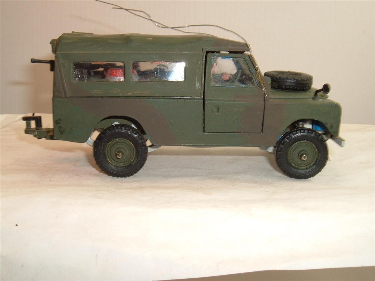 BRITAINS Armée Land Rover vient en combat couleurs conversion & canopy voir photos