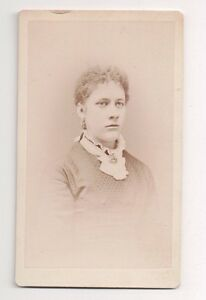 Vintage-CDV-Unknown-Young-Woman