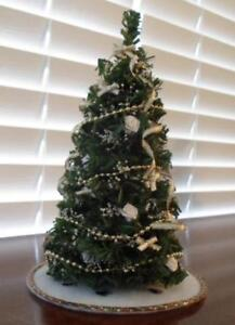 Decorated Dollhouse Christmas Tree Decorated In Gold And White Ebay