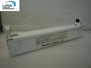 PHILIPS-ST-109-T5-STRIP-FIXTURE-120V-60Hz-0-11A-TYPE-RS-TUBE-LAMP-1X6W-T5-NEW