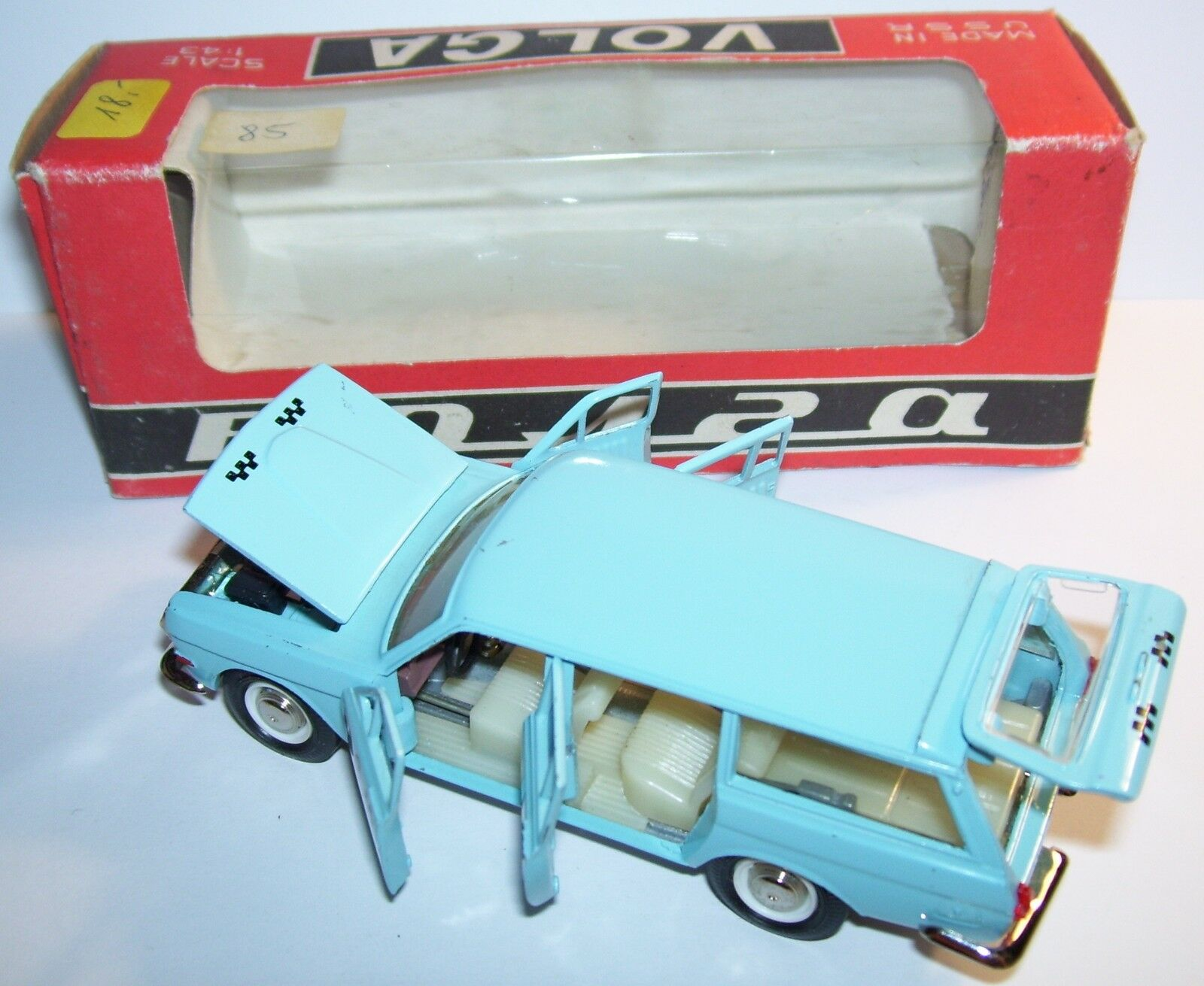 RARE OLD AGAT RADON MADE RUSSE URSS USSR CCCP VOLGA GAZ  24 SW TAXI IN BOX 2