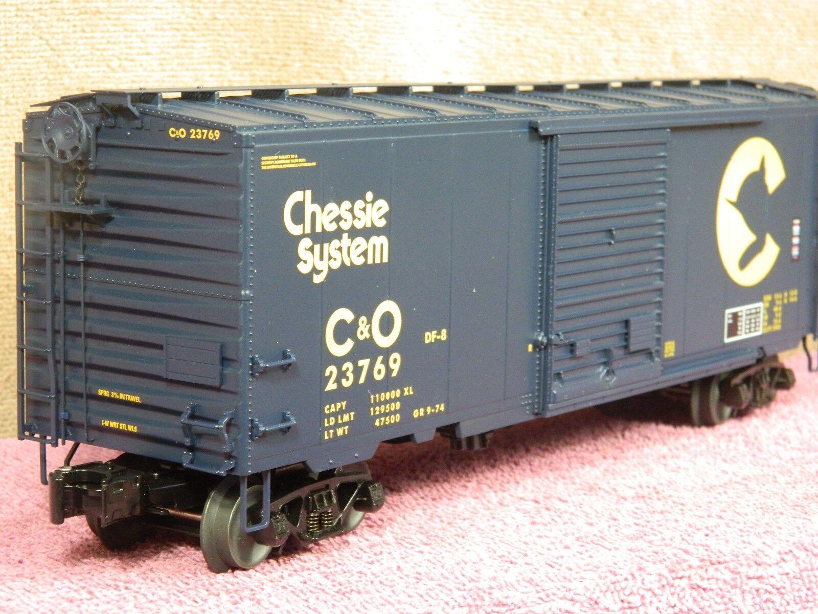 LIONEL SCALE  6-27214 CHESAPEAKE & OHIO blu 40ft PS-1 BOX CAR w/BOX LOAD NIB