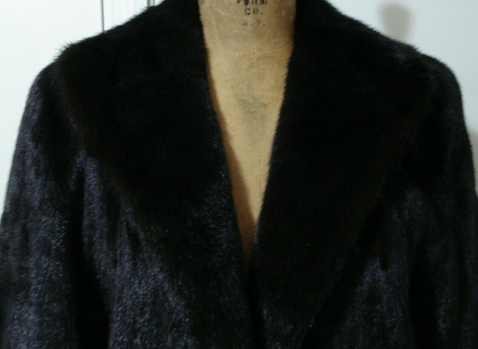 American Legend 48 48 48  Long Ranch Mink Fur Coat Size 6-8 EXCELLENT CONDIT Free Ship a5b13b