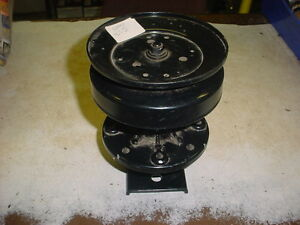 101477X Blade Spindle Assembly AYP
