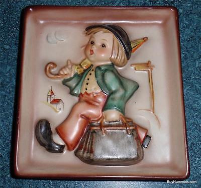 Goebel Hummel Merry Wanderer Wall Plaque Figurine #92 TMK3 - COLLECTIBLE GIFT!