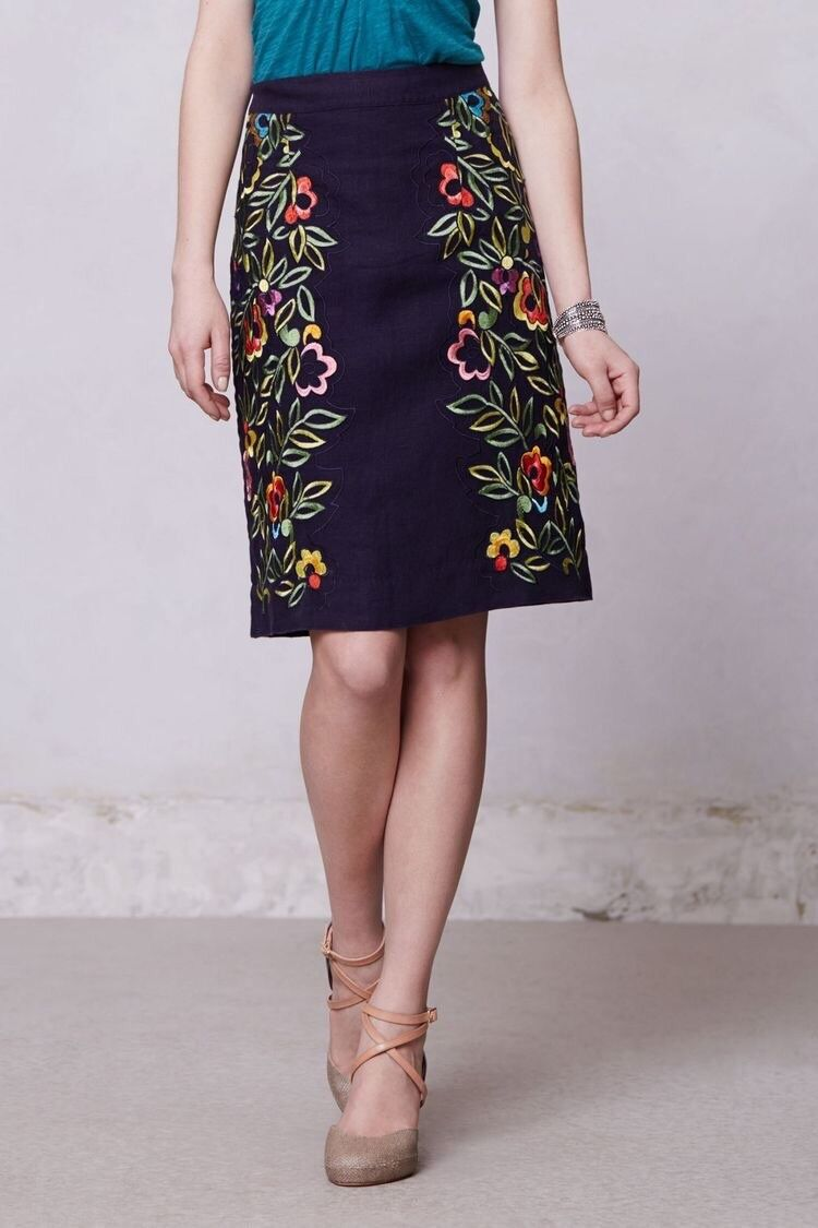148 Anthropologie Moulinette Soeurs Clematis Purple Embroidered Pencil Skirt 0
