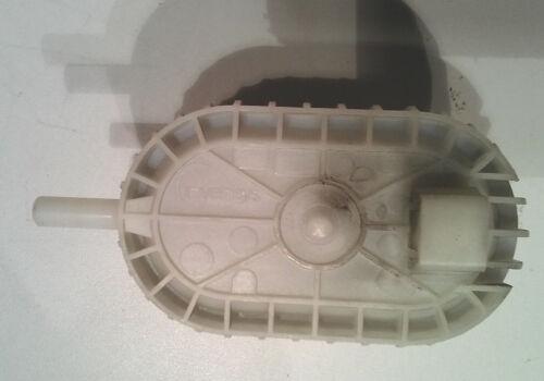 Druckdose Niveauregler BOSCH MAXX WFL 249Y     NR 750//525 3000    5500014940
