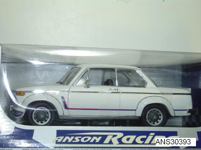 BMW 2002 Turbo Racing biancao 1 18 por Anson Nuevo en caja Rare pieza descontinuada