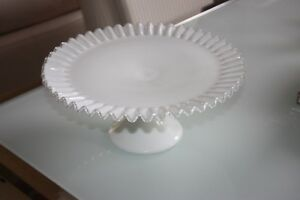 Vintage-Fenton-Ruffled-Milk-Glass-Silver-Crest-High-Footed-Cake-Plate-Nice