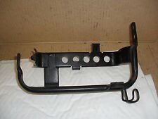 YAMAHA TDM850 3VD  MODEL 1991 ON    ELECTRICS / BATTERY TRAY MOUNTING BRACKET