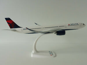 DELTA-AIRLINES-Airbus-A330-900neo-1-200-Herpa-612388-Snap-Fit-A330-A-330-NEO
