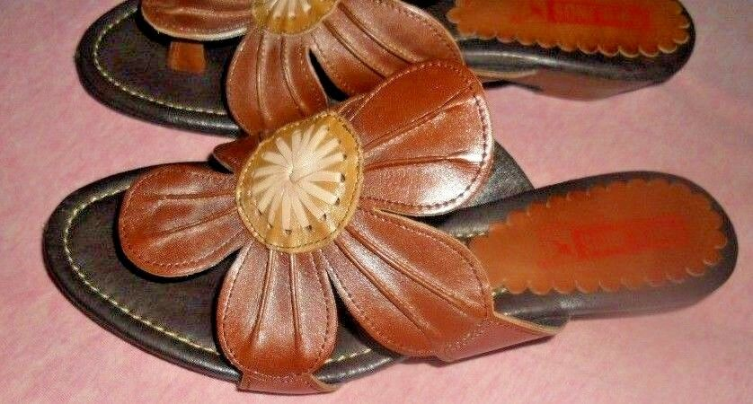 Pikolinos  Spain  Art To To To Wear  Comfy Flower Wedge Thong Sandals  37 554d93
