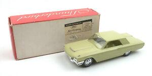 Véhicule de modèle promo Vintage Amt 1:25 1964 Ford Thunderbird Hardtop * en boîte