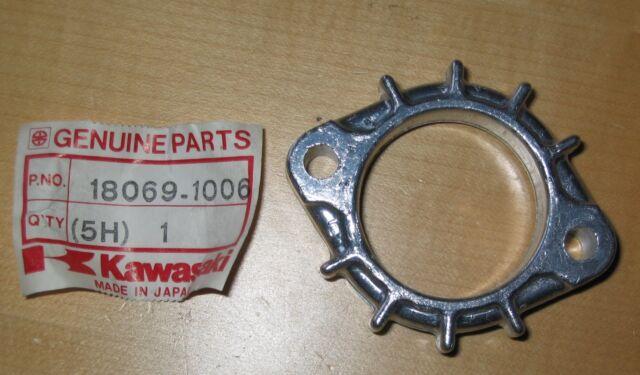 Original Kawasaki Halter Auspuffkrümmer Z 305 550 650 750 Holder exhaust pipe