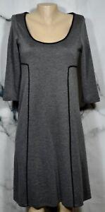 JONES-NEW-YORK-DRESS-Gray-Dress-6-Black-Trim-3-4-Sleeves-Scoop-Neckline