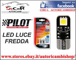 COPPIA LAMPADINE POSIZIONE T10 A LED LUCE FREDDA PILOT Attacco W2,1x9,5d