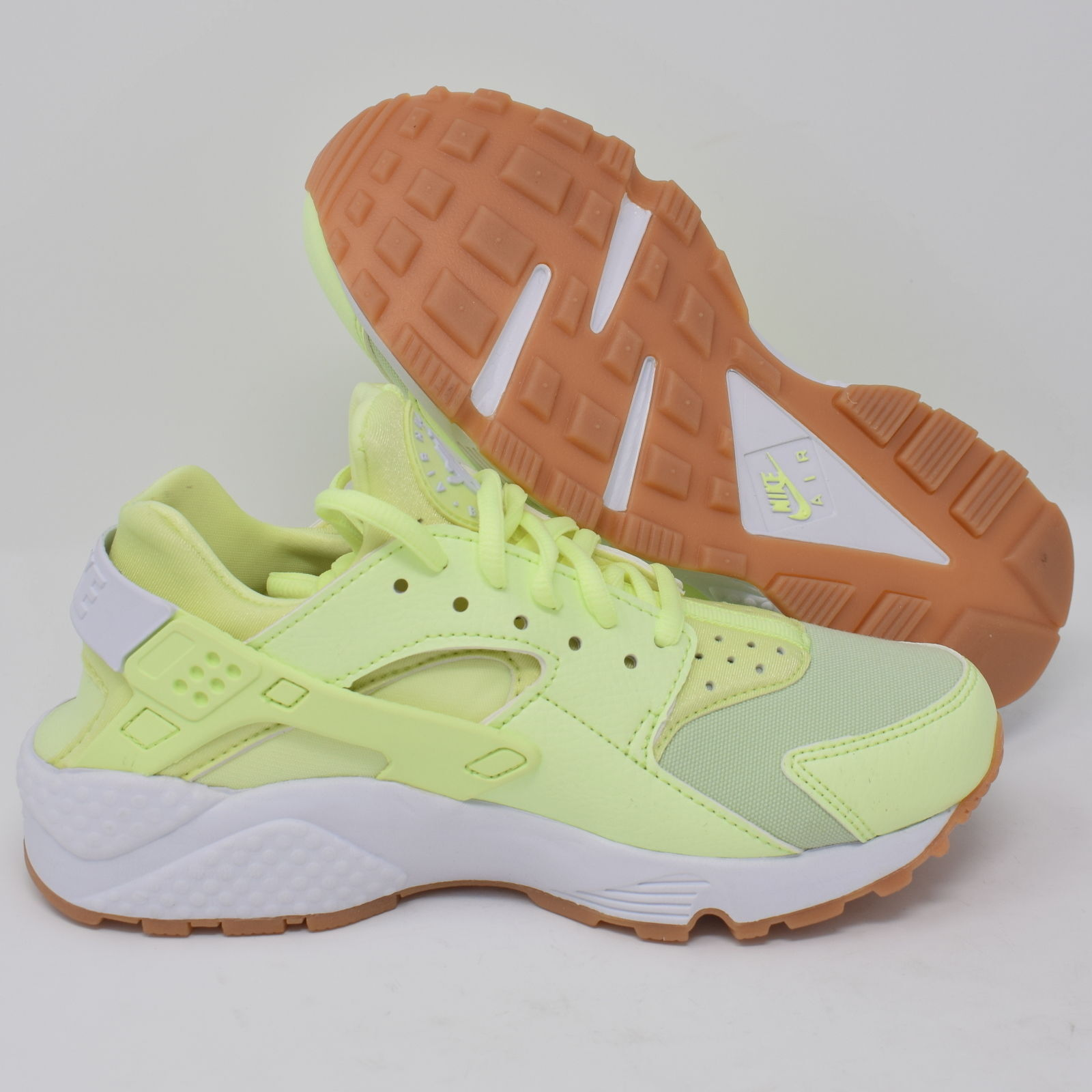 Nike Air Huarache Run 634835-702 Womens Running shoes Barely Volt & Yellow