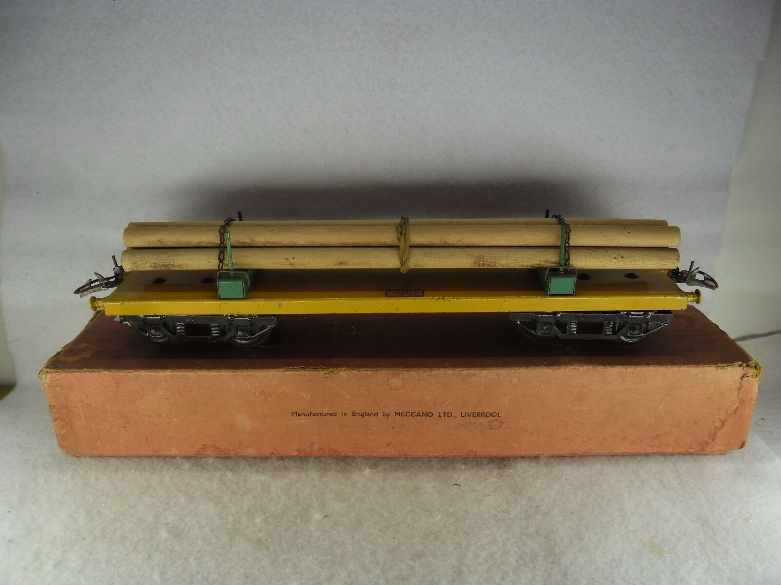 Hornby 'O' Gauge Boxed No.2 Yellow Lumber Wagon RS 669