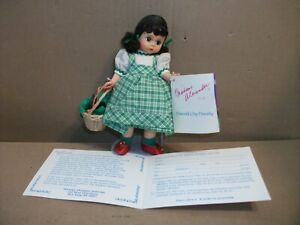 8-034-Madame-Alexander-Doll-Dorothy-and-Toto-Emerald-City-1994