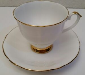 Vintage Imperial Fine English China Warranted 22kt Gold White Teacup & Saucer