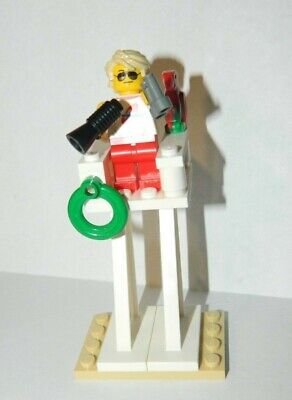 LEGO New City Town Beach Life Guard Minifigure and Tower Parrot Binoculars
