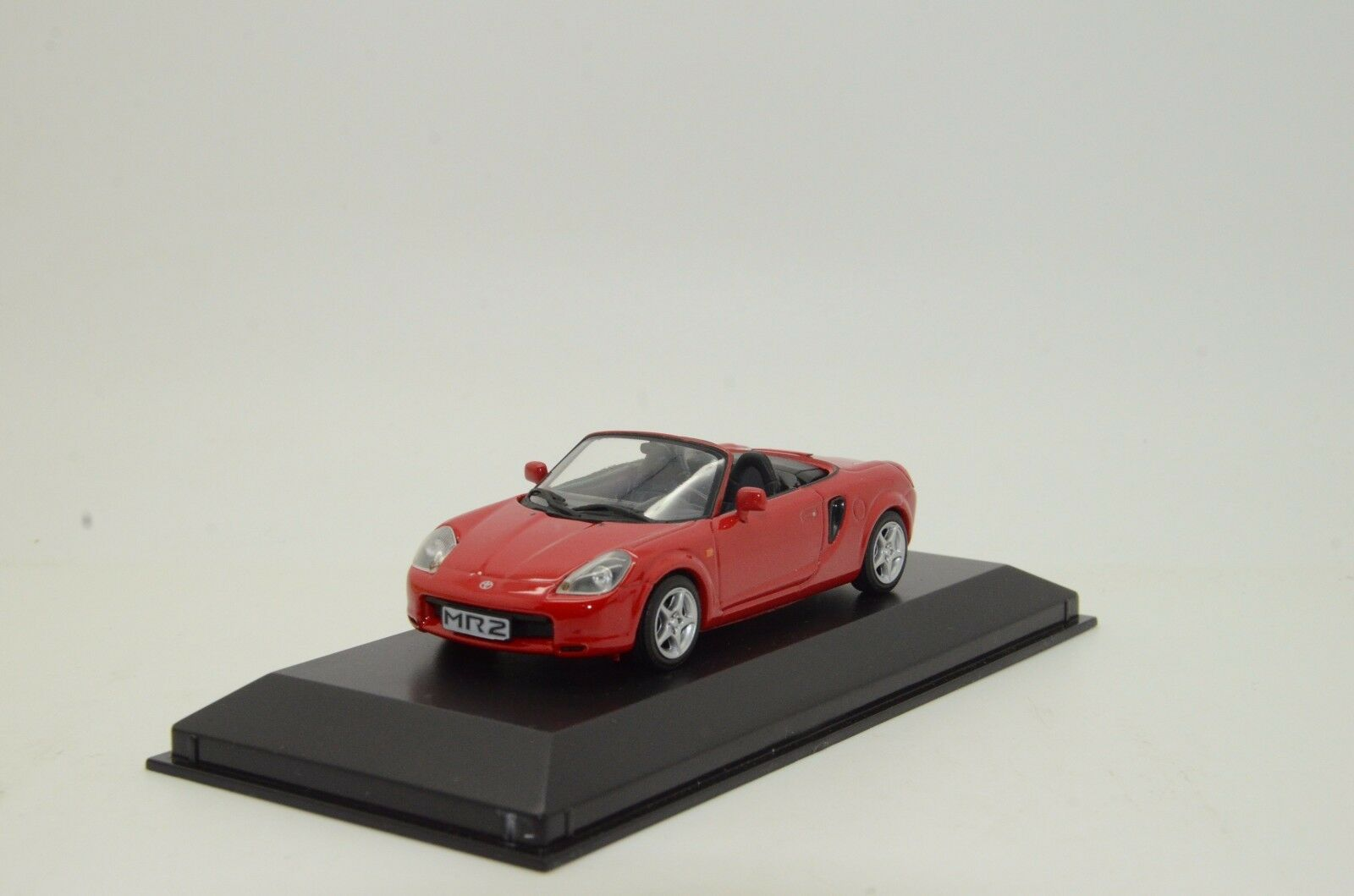 Rare   Toyota MR2 Minichamps 1 43
