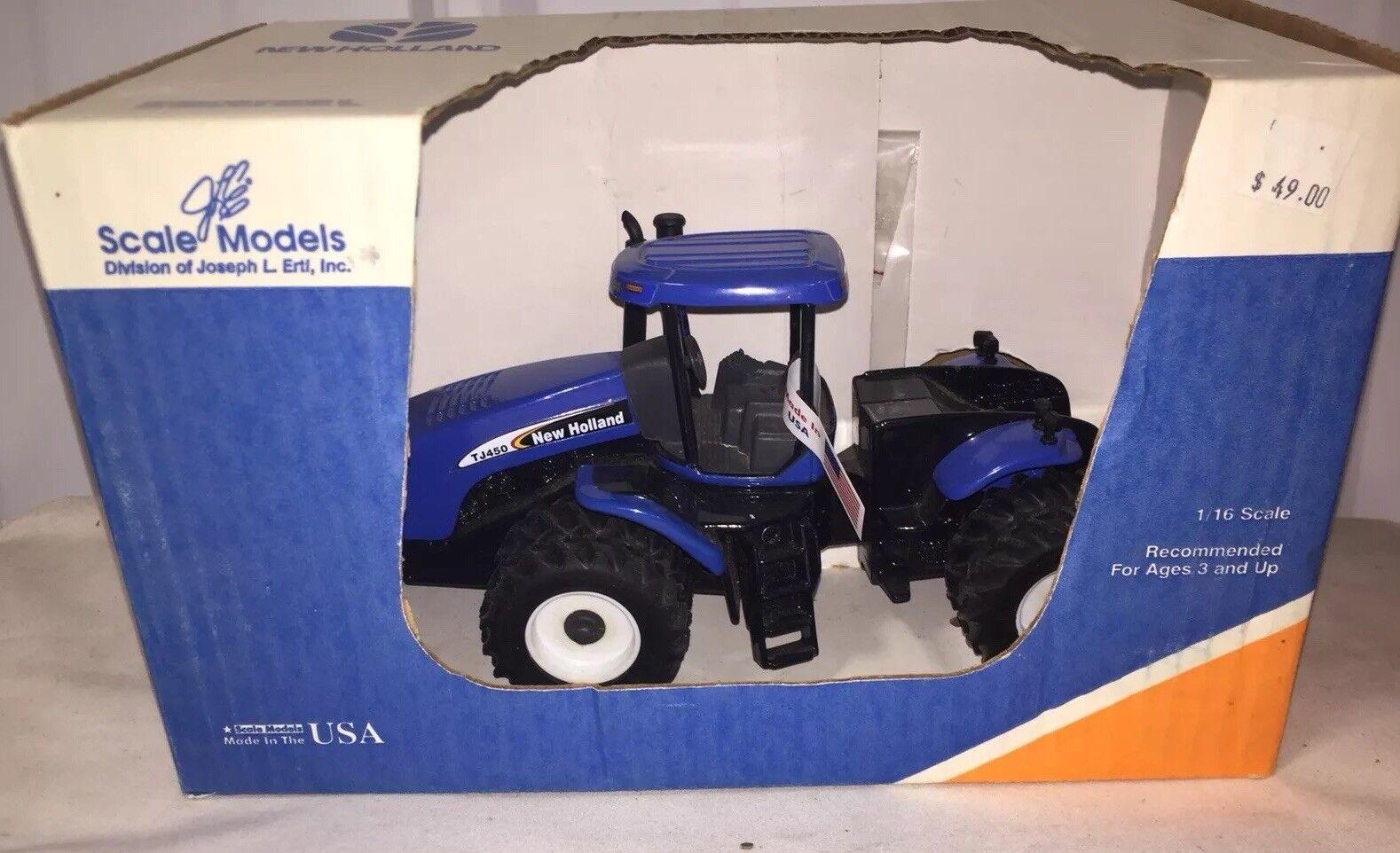 Scale models New Holland TJ450 4WD Tractor con DUALS 1 32 Nuevo En Caja