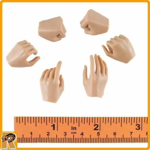 1//6 Scale Very Cool Figures Eighth Route Female Medic Bare Female Hands