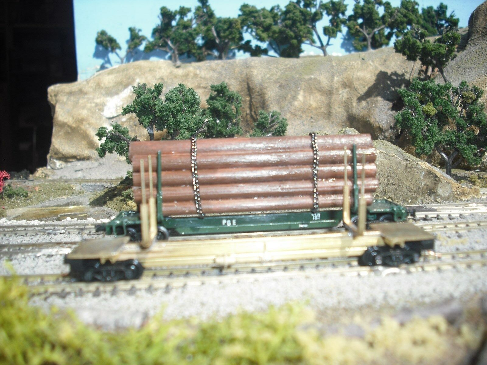 N Scale Brass Log Car with log load