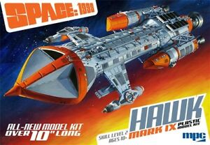 MPC-Space-1999-Hawk-Mk-IX-1-72-scale-plastic-model-kit-new-881-in-stock
