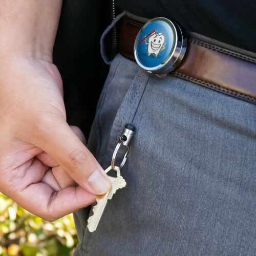 Happy Dent Brosse à Dents Dentiste Rétractable Clip Ceinture Badge Key Holder