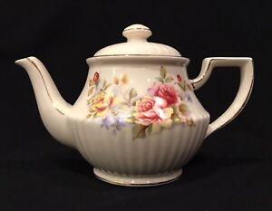 RARE-3513-Sadler-England-Teapot-Yellow-amp-Pink-Roses-Gold-Trim-Vintage-ROUND-POT