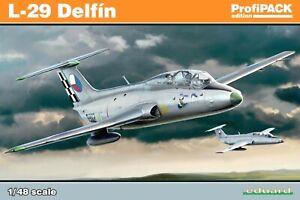 Eduard Profipack 1:48 L-29 Delfin Aircraft Modèle Kit