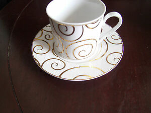 Pier-1-Gold-Swirl-Coffee-tea-cup-and-saucer-Holiday-china-Porcelain