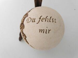 Grabschmuck-Kugel-13-cm-mit-Ornamentzweig-und-Spruch-Du-fehlst-mir