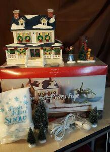 Dept-56-Original-Snow-Village-1998-SNOWY-PINES-INN-9-Pc-Gift-Set-54934-Retired