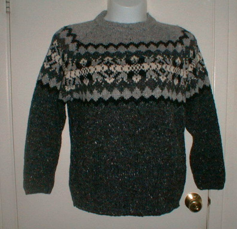 MAGEE HAND LOOMED WOOL KNIT PULL OVER SWEATER IRELAND SIZE MEDIUM