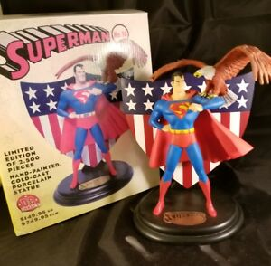 DC-Direct-Collectible-Superman-No-14-Sold-Out-Statue-8-034-tall-Classic-Patriotic