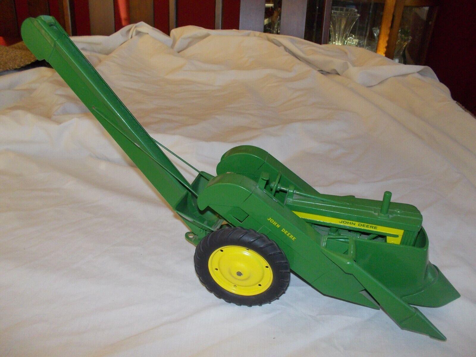Restauración de juguetes de 1950 de Johann Deir 620520 720 tractores W   picanesa