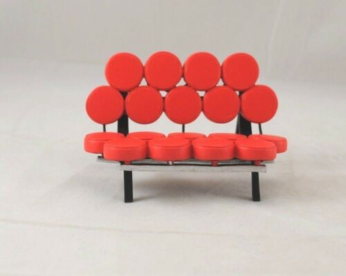 25mm=305mm Chair Marshmallow Sofa Miller classic miniature S8015 1//12 scale