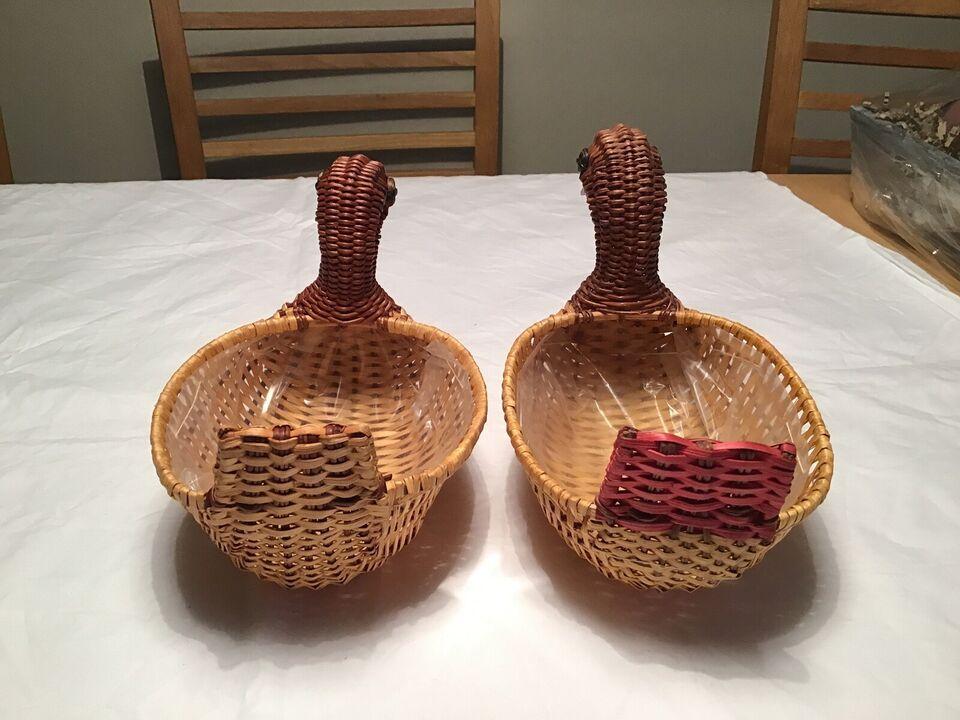 2 store, flettede påske ænder