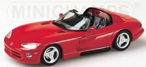 Dodge Viper Coupe/' 1993 Red 1:43 Model MINICHAMPS