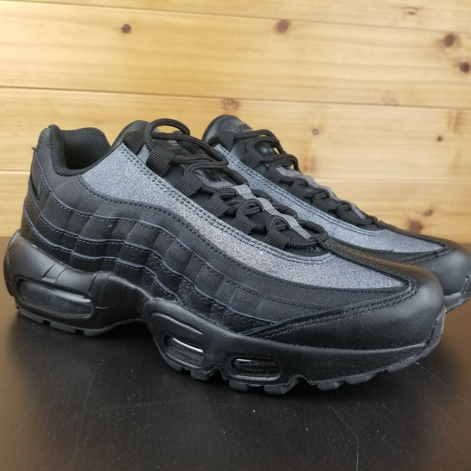 Nike Air Max 95 Women's shoes SE Glitter Black AT0068-001 Crystals 3M