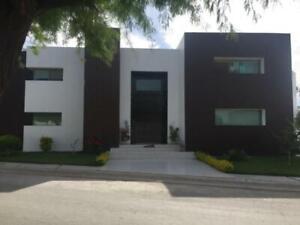 Casa en Venta en Fracc Hacienda El Rosario