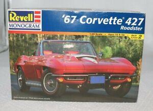Revell-Monogram-67-039-Corvette-427-Roadster-Model