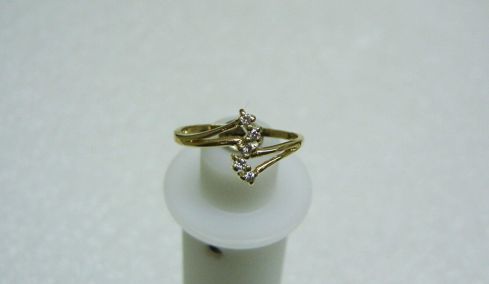 14K YELLOW gold 5 DIAMOND JOURNEY  RING SIZE 6 1 2 APRIL BIRTHSTONE 212-M