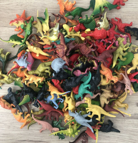 DINOSAURS BUNDLE 20 Mixed Small Dinosaur Toys Cake Toppers VGC