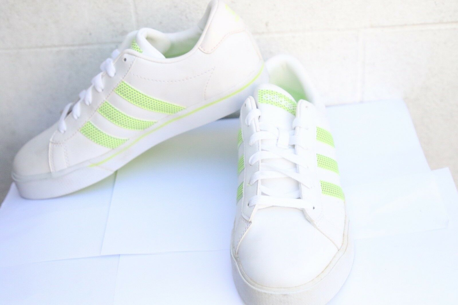 Womens Adidas VibeTouch Enhanced Comfort System Trainers White With Green Stipes